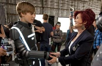 via Splash - Futuristic Tron Inspired Justin Bieber trendsetter (4)
