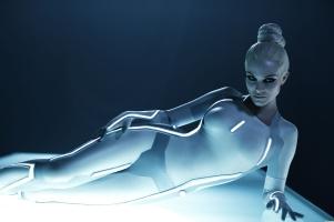 1305866673-blonde-hot-futuristic-sexy-tron-legacy-beau-garrett-serinda-swan-wallpaper