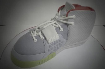 Nike-Air-Yeezy-2-Platinum-Birthday-Cake