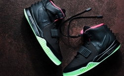 yeezy-2-black-main2