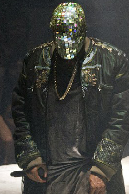 maison-martin-margiela-designs-custom-outfits-for-kanye-wests-yeezus-tour-1