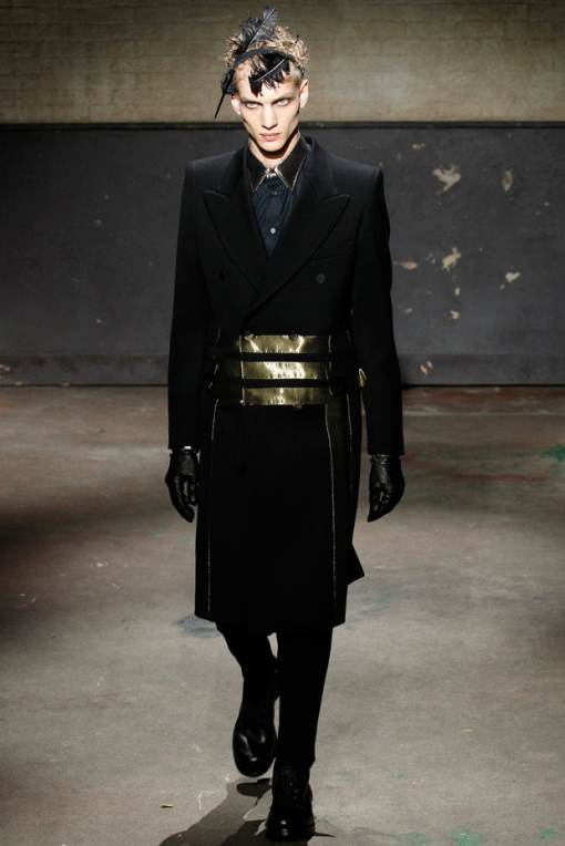 alexander-mcqueen-2014-fallwinter-collection-5