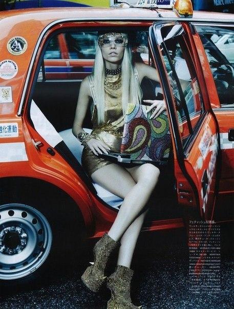 Get Futuristic sexy swag fashion futuristic designers (3)